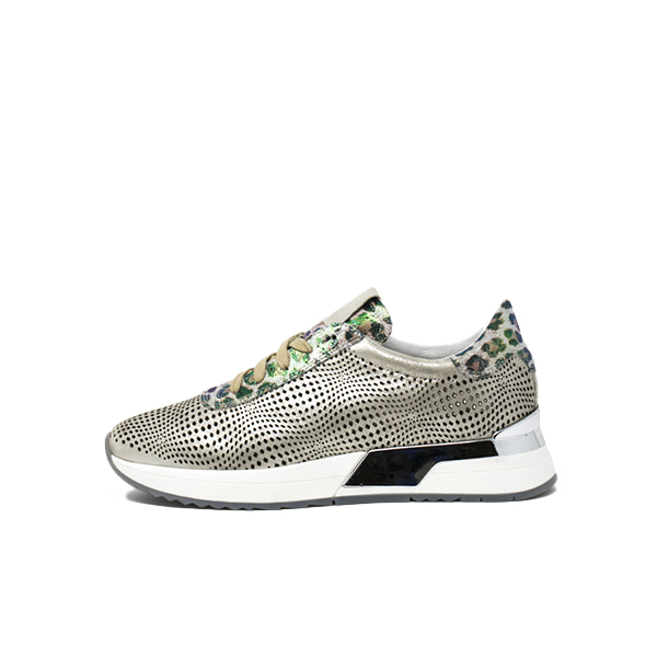 Rizzishoes.com - woman, sneakers